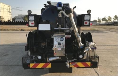 最大圧力: 700kg/cm² <br><span class='small'>【 SUGINOMACHINE社製 2段切換式ポンプ】</span>