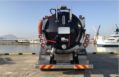 最大風量50m³/min・タンク容量9.5m³